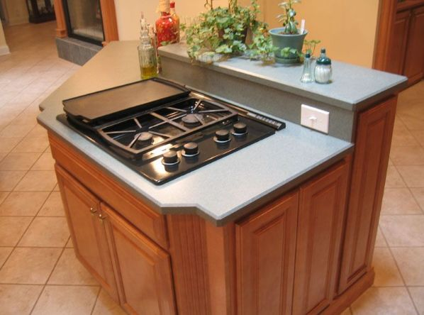 make kitchen island from base cabinets