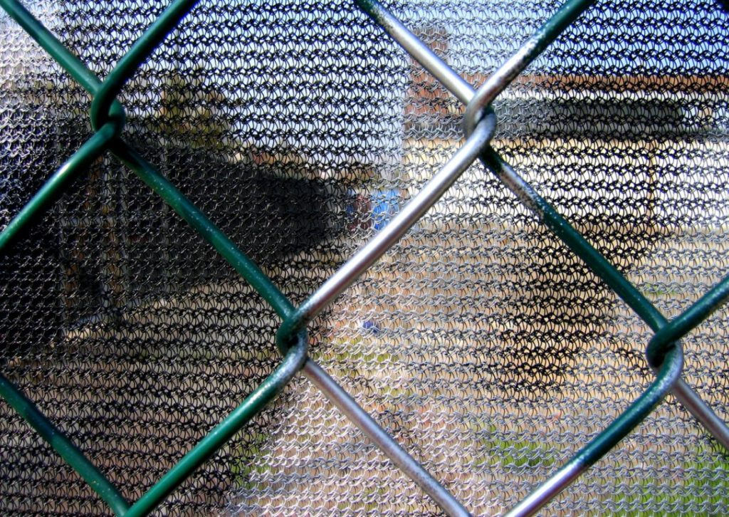 Chain Link Screen ~ Easy way to cover chain link fencing renovate